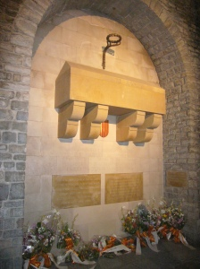 sepulcre-guifre-pilos-wikimedia